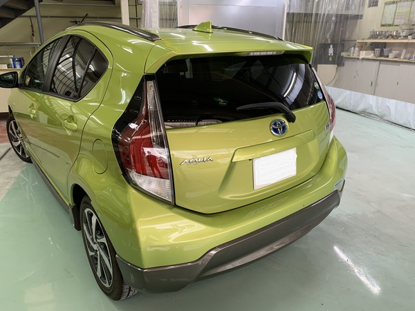 トヨタ アクア リヤバンパー修理