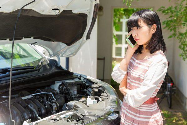 車の保険修理はどこに出せば良い?ディーラーと修理業者の違いを解説