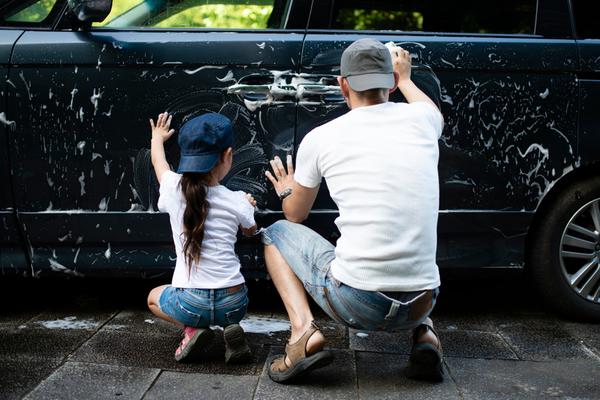 コーティングした車を洗車するときに知っておくべき知識と手順について